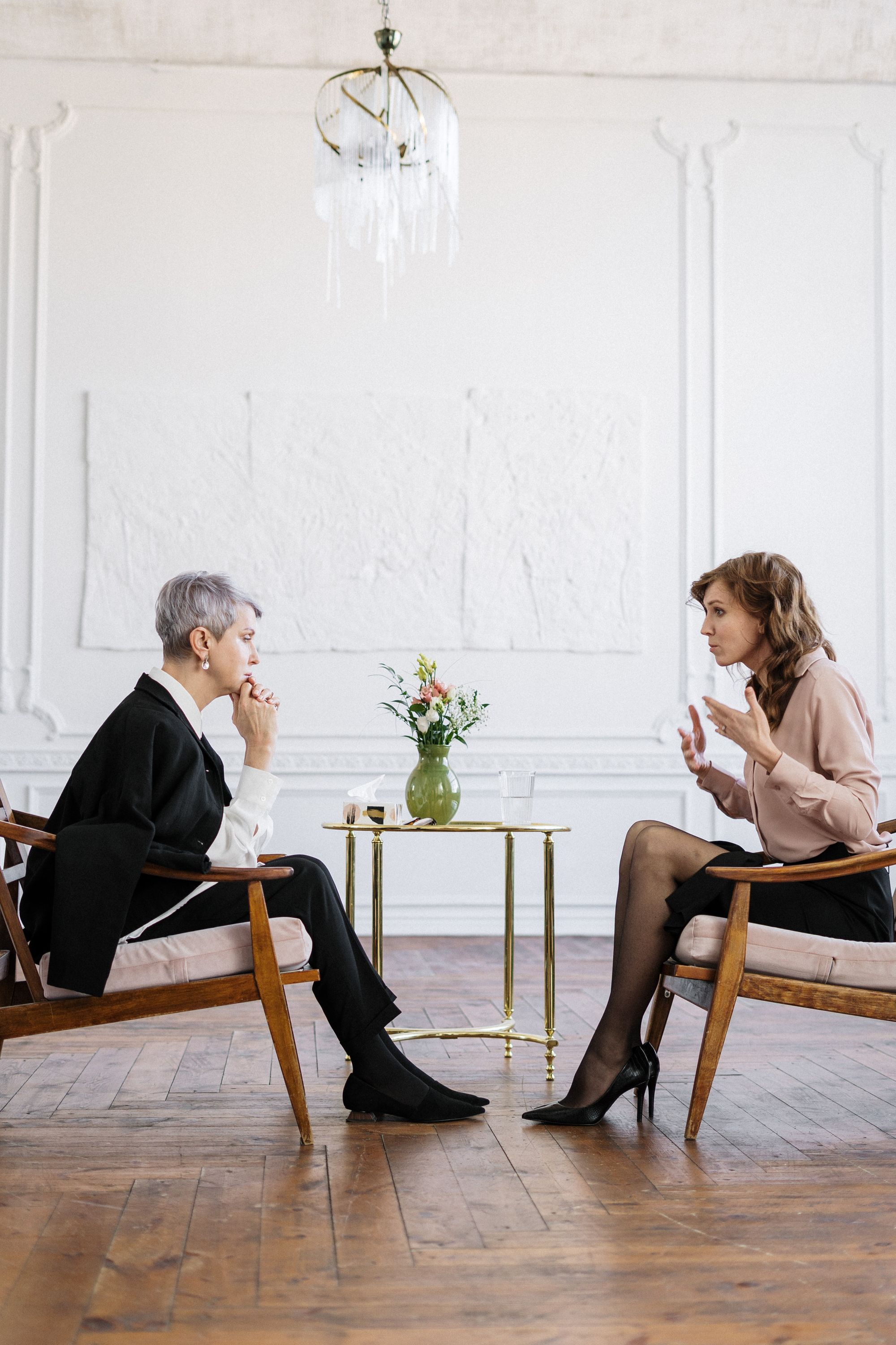 Understanding Hospice vs. Palliative Care: Living Well at Any Stage of Life